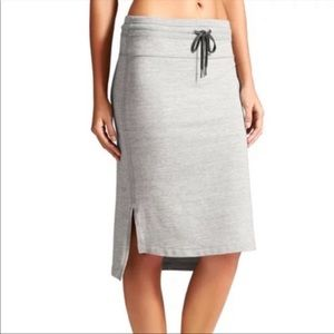 Athleta Bayview High Low Gray Knit Skirt Small